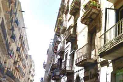 Residential building located in the District of Ciutat Vella, city center of Barcelona.